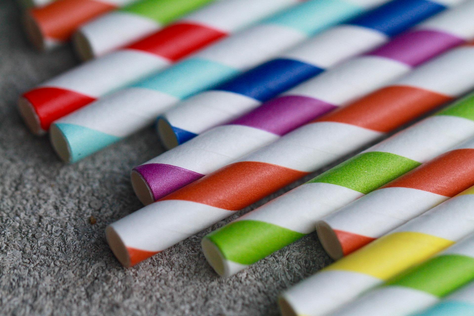 Koop papieren stokjes – maak handige cadeaus met deze leuke en gemakkelijke ambachten
