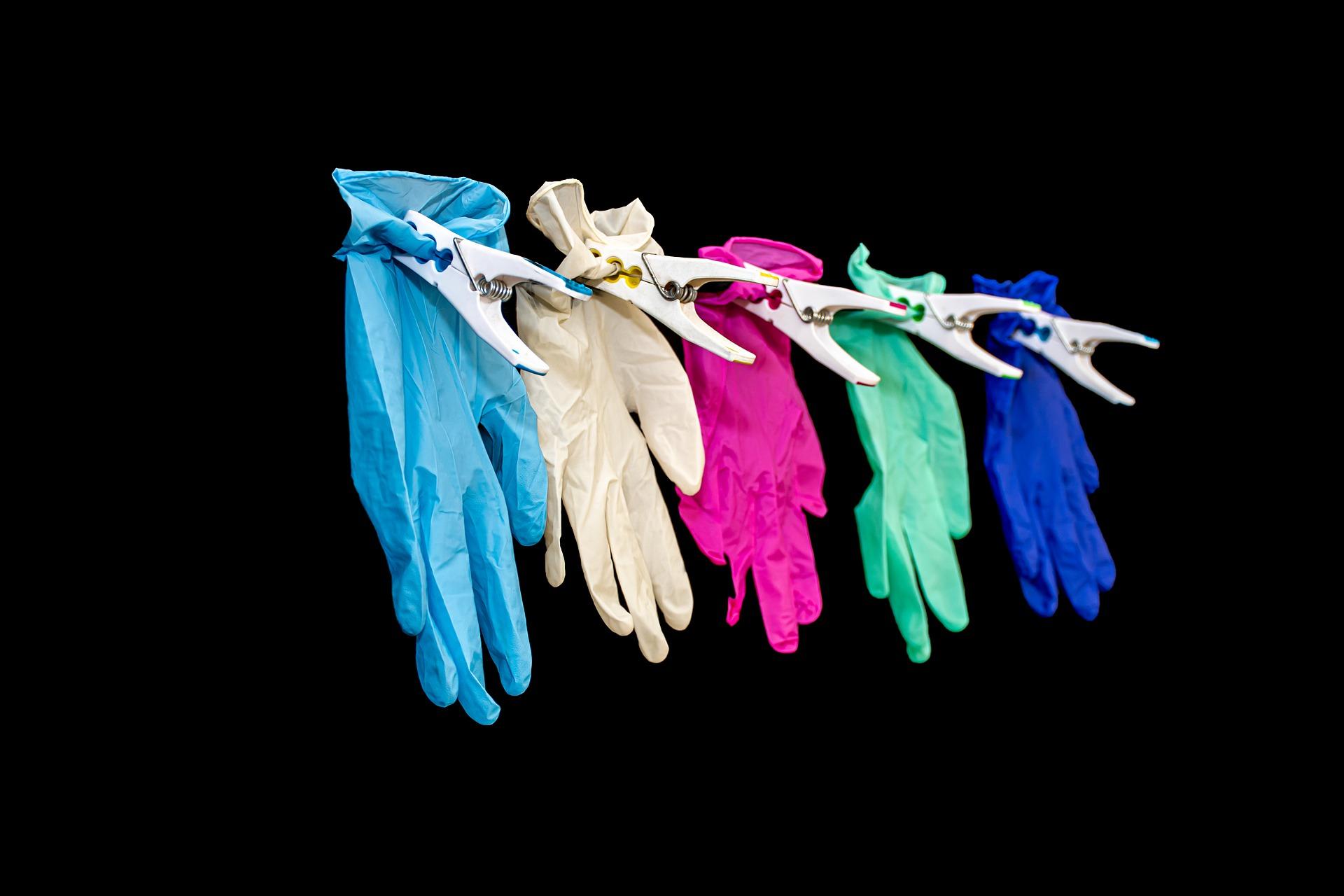 Wegwerphandschoenen: kwaliteit boven prijs bij het kopen van wegwerphandschoenen
